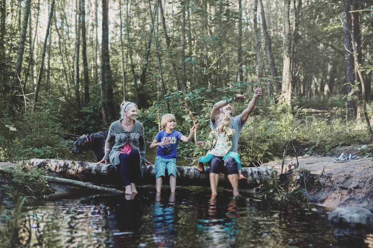 Family stories: Bare feet day