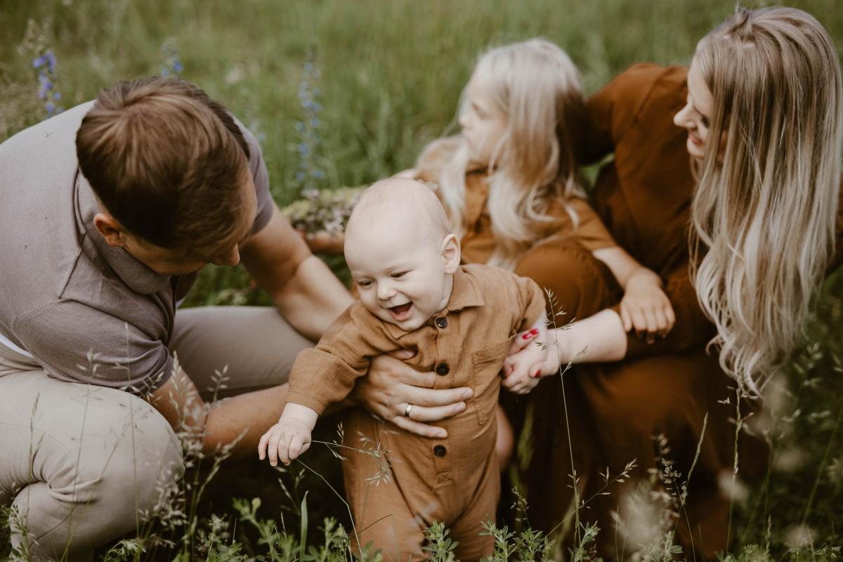 Family stories: Agne, Vykintas, Elvijus & Luiza